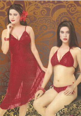 Women's Fascinating Maroon Lacy Babydoll Set