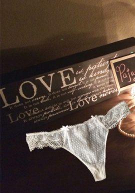 Ladies White Fishnet Lace Thong Panty